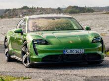 Porsche-Taycan_Turbo_S (1)